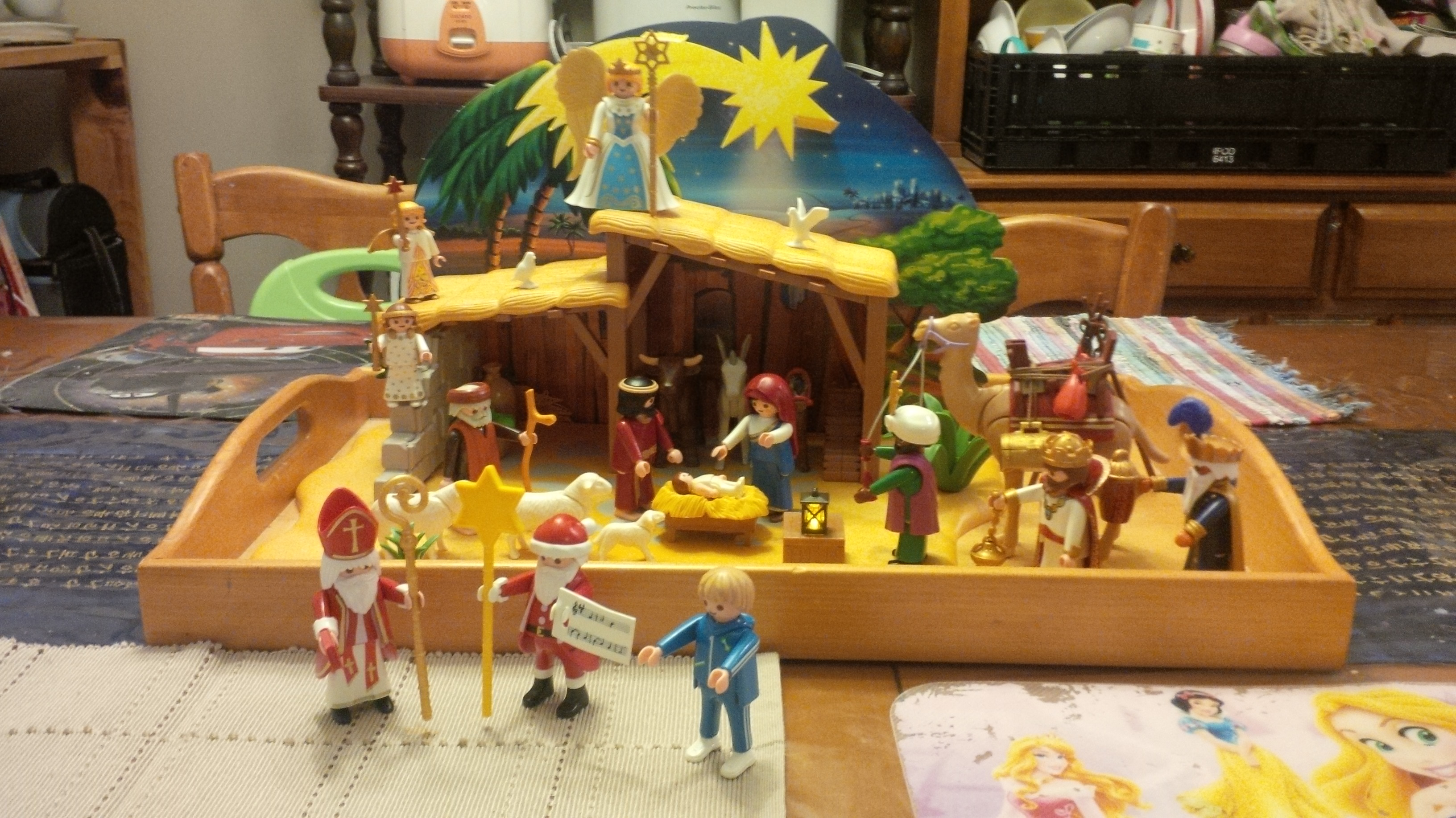 Playmobil Advent – Day Twenty-three